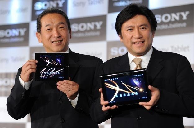Sony Tablet P i S dostaną Androida 4.0 już w kwietniu /AFP