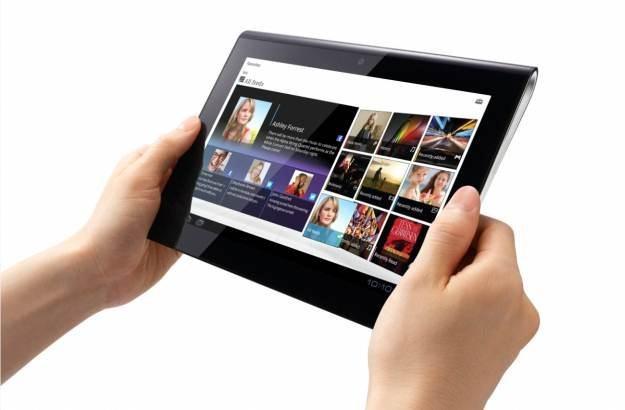 Sony Tablet  S - udany debiut Sony na rynku tabletów z Androidem /materiały prasowe