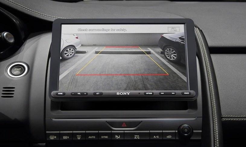 Sony XAV-AX8000 /materiały prasowe