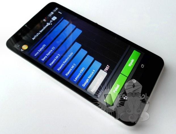 Sony Xperia E4 Fot. teleguru.pl /Komórkomania.pl