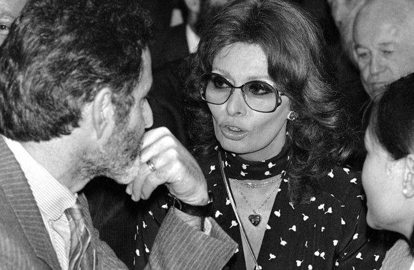Sophia Loren i Breyten Breytenbach, fot. ASSOCIATED PRESS/FOTOLINK /East News