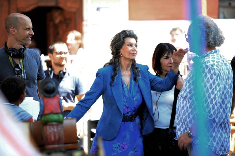 """Sophia Loren na planie filmu """"Życie przed sobą"""" /IPA / SplashNews.com /East News"""