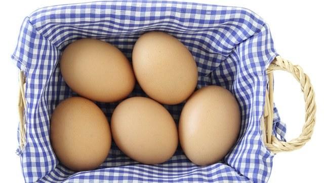 sos musztardowy jajka /© Photogenica