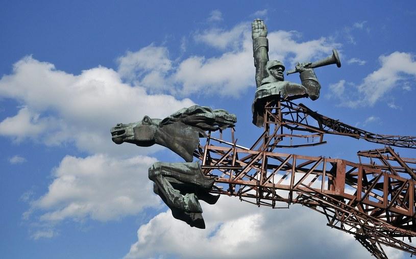 Sowiecki pomnik na Ukrainie /PAP/EPA