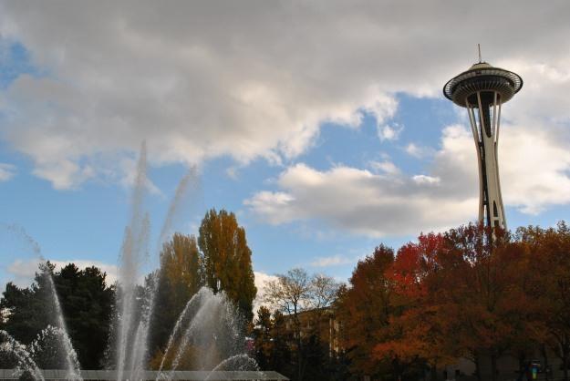 Space Needle - symbol Seattle, rodzinnego miasta Billa Gatesa.  Powstaje tu Dolina Krzemowa 2.0 /INTERIA.PL