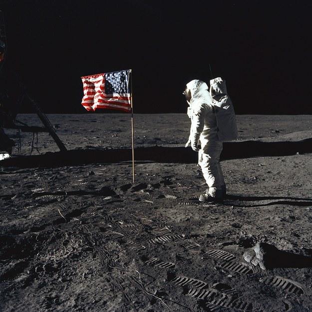 Spacer po księżycu /NASA /PAP/EPA