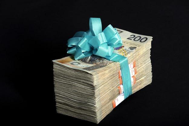Spadek często oznacza obowiązek spłacenia długów zmarłego, fot. Wojtek Laski /Agencja SE/East News