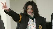 """Spadkobiercy Michaela Jacksona chcą 100 mln dolarów odszkodowania (""""Leaving Neverland"""" premiera HBO)"""