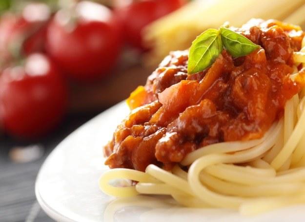Spaghetti bolognese w wersji klasycznej /123RF/PICSEL