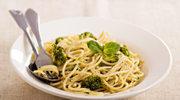 Spaghetti z brokułami i pesto z natki