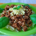 Spaghetti z jajkiem (po 12. miesiącu)