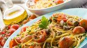 Spaghetti z pomidorami, cytryną i natką