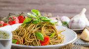 Spaghetti z zielonym pesto