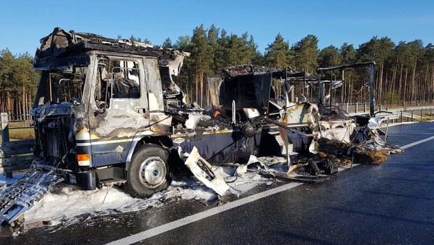 Spalona ciężarówka /Państwowa Straż Pożarna w Świeciu /PSP