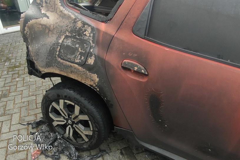 Spalona Dacia Duster /