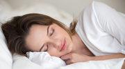 Spanie na boku jest dobre dla mózgu