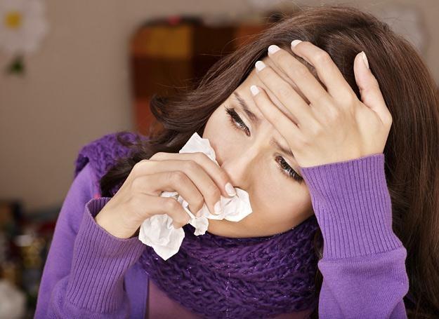 Specjaliści uważają, że podawanie statyn mogłoby zmniejszyć ryzyko związane z grypą /© Panthermedia