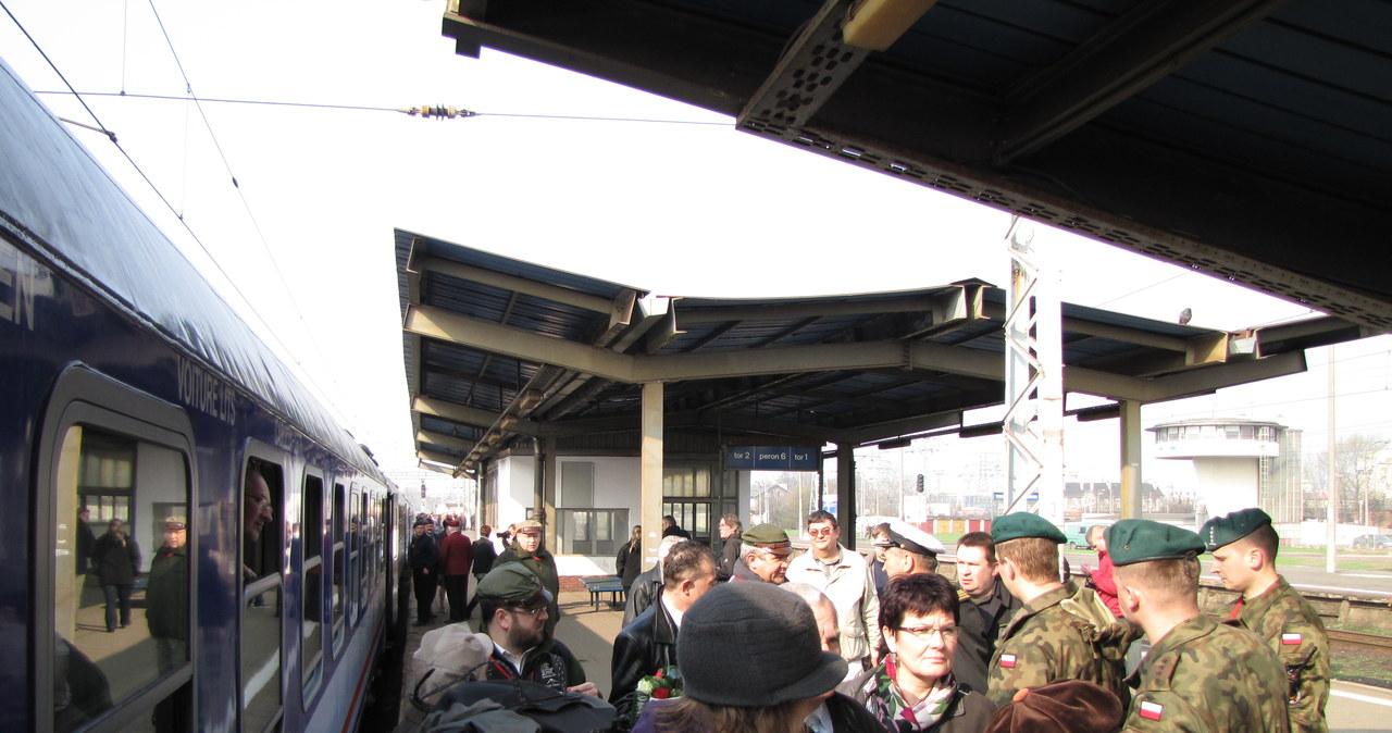 Specjalny pociąg w drodze do Katynia