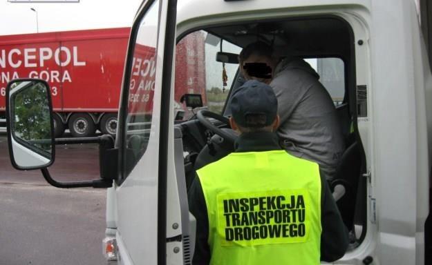 Spędził za kierownicą 40 godzin... / Fot: ITD /