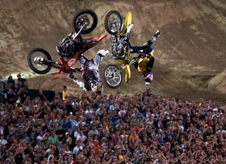 Speed & Style - zawodnicy skakali bardzo blisko siebie. Fot.: Red Bull /materiały prasowe