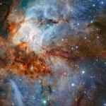Spektakularne zdjęcie gromady gwiazd RCW 38
