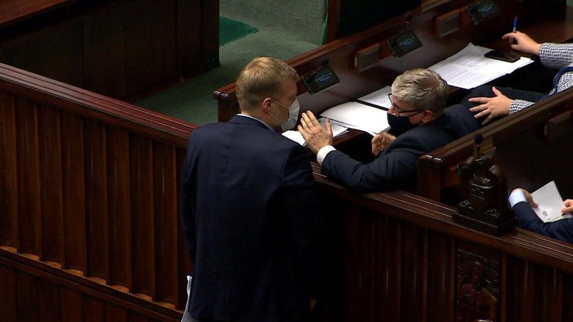 Spięcie pomiędzy Pawłem Solochem a Adrianem Zandbergiem /Polsat News