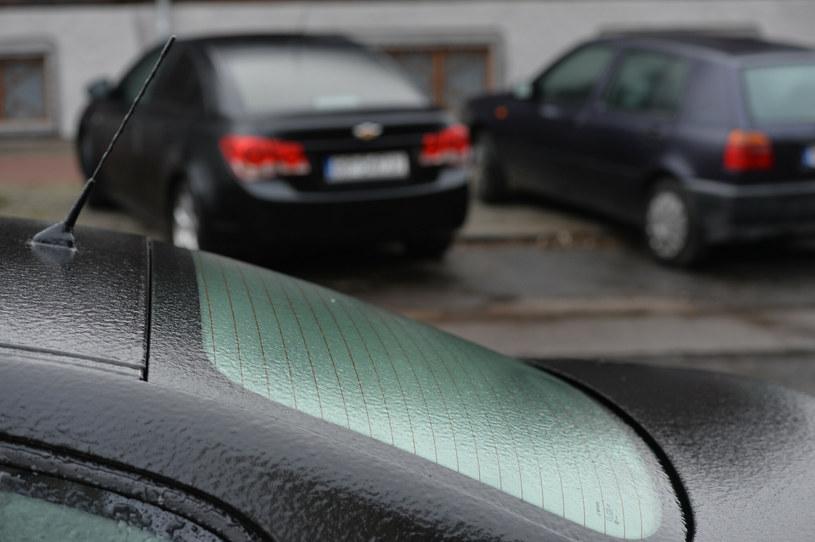 Spodziewane są marznące opady - uwaga kierowcy; zdj. ilustracyjne /LUKASZ SOLSKI/East News /East News