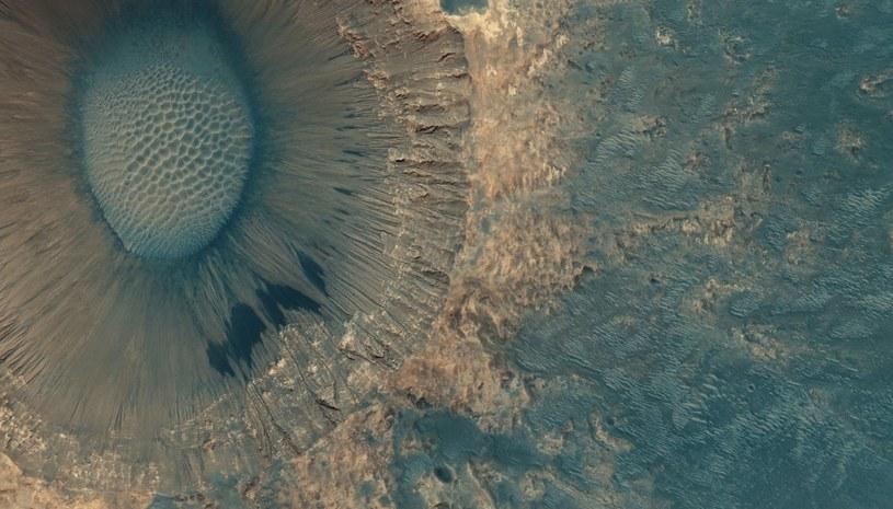 Spojrzenie na Meridiani Planum na podstawie danych z MRO /materiały prasowe