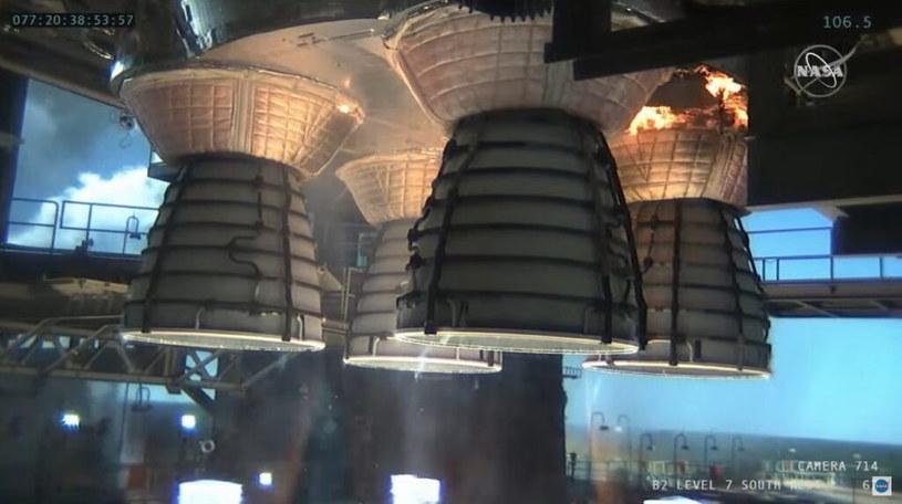 Spojrzenie na silniki RS-25 – drugi Green Run pierwszego stopnia SLS /NASA