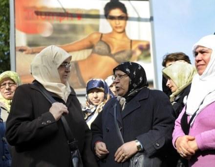 Społeczność muzułmańska w Europie jest coraz liczniejsza /AFP