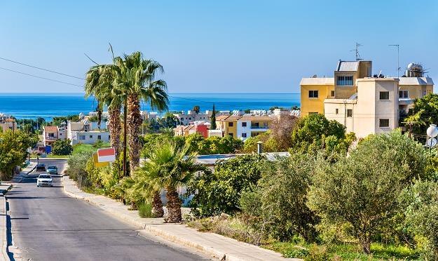 Spółki-córki tworzono w rajach podatkowych, między innymi na Cyprze (nz. Pafos) /©123RF/PICSEL