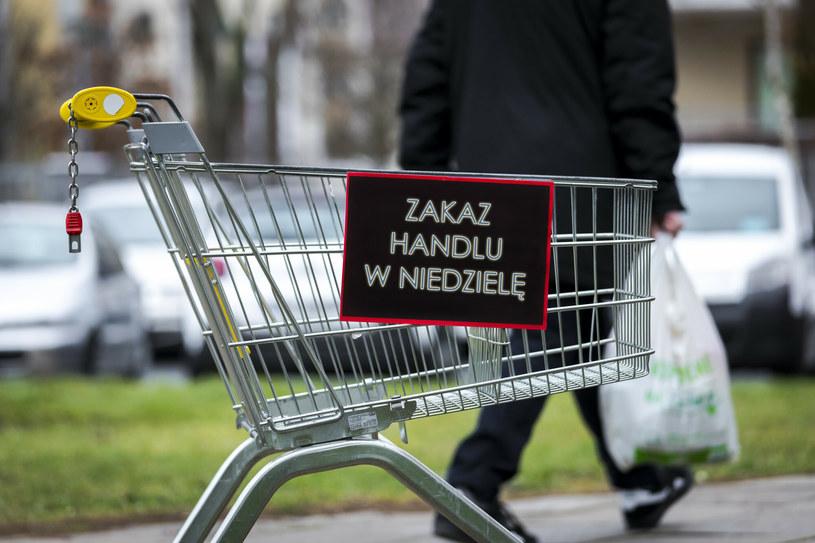 Spór o handel w niedzielę /Arkadiusz Ziółek /East News