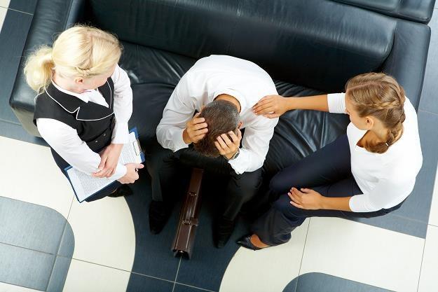 Spora część zakładów pracy przygotowuje się m.in. do podsumowania rocznej pracy pracowników. /©123RF/PICSEL