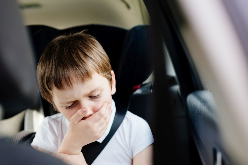 Sporo dzieci zmaga się z chorobą lokomocyjną /123RF/PICSEL