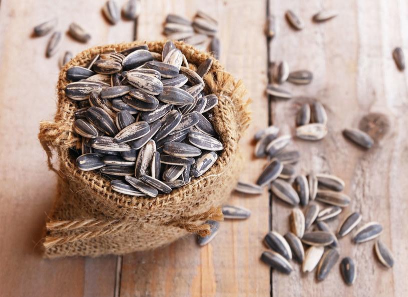 Sporo miedzi znajdziemy w nasionach słonecznika /123RF/PICSEL