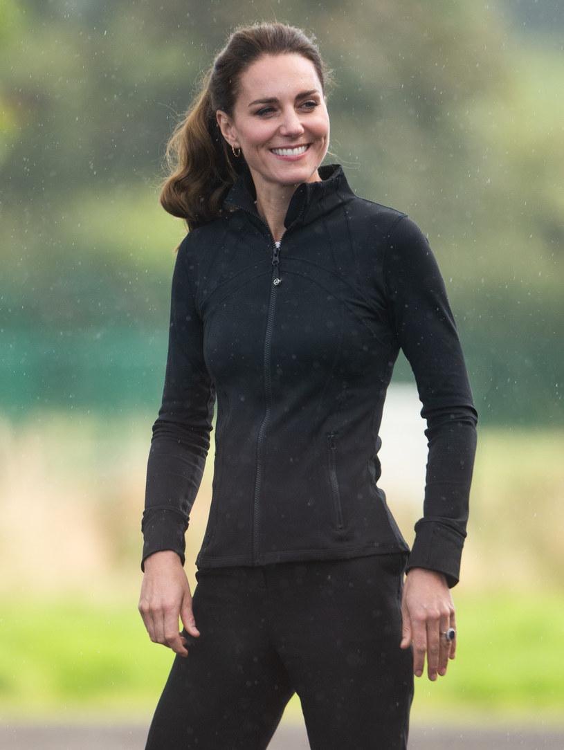 Sportowy strój podkreślił bardzo szczupłą sylwetkę Kate /Samir Hussein /Getty Images