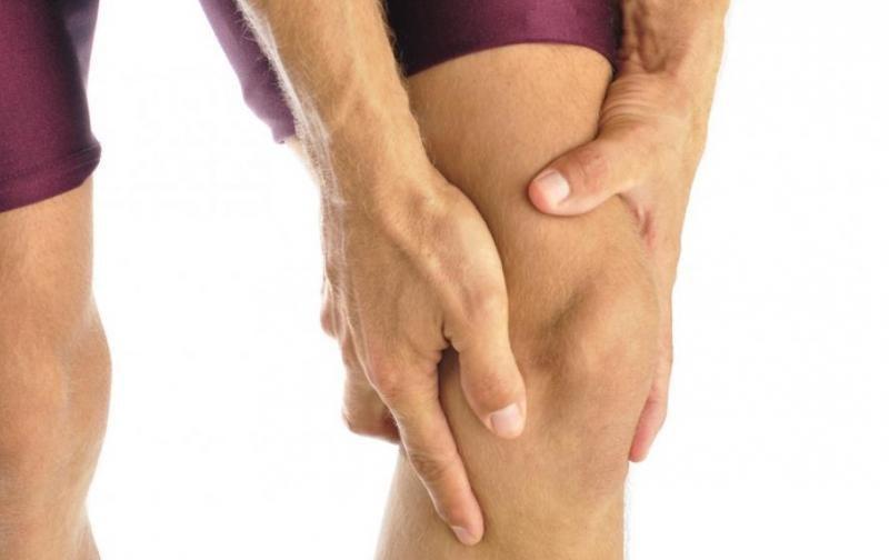 Sposób na bolące kolana /© Photogenica