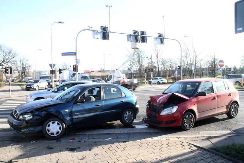 Sposób naprawy nie jest ważny, wypłata nie powinna być obniżona /Jarosław Jakubczak /East News