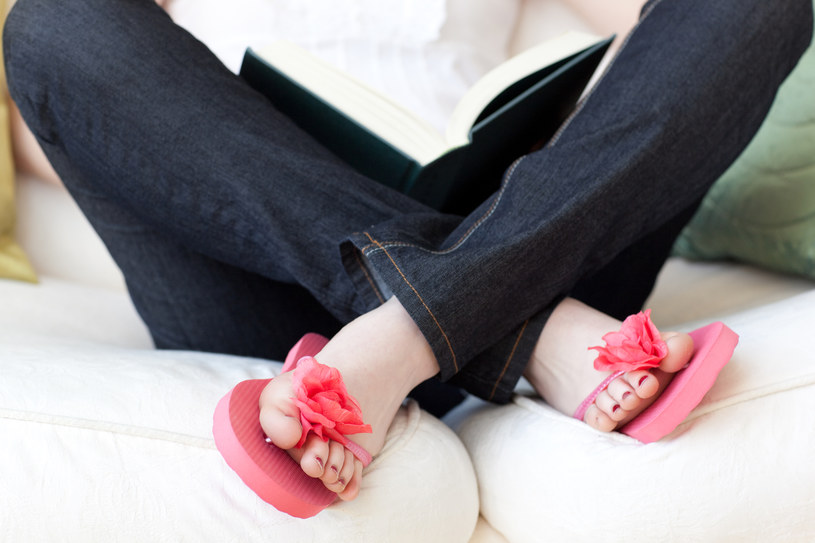 sposoby na grzybicę stóp - krok 2 /© Photogenica