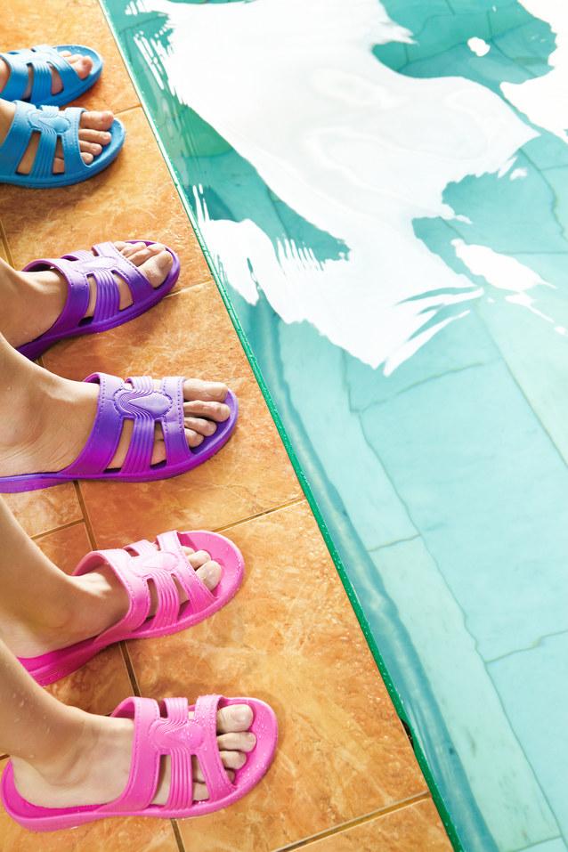 sposoby na grzybicę stóp - krok 8 /© Photogenica