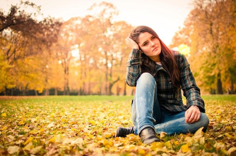 Sposoby na jesienną depresję /123RF/PICSEL
