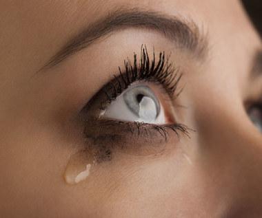 Sposoby na łzawienie oczu