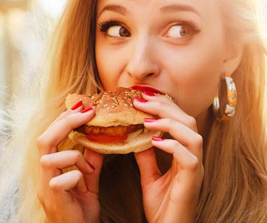 Sposoby na spalenie kalorii z jedzenia typu fast food