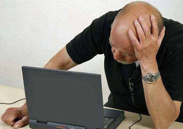 Spośród 13 mln osób w wieku powyżej 50 lat 77 proc., czyli 10 mln, nie korzysta z internetu /© Panthermedia