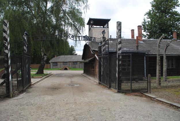 Spośród więźniów z pierwszego transportu wojnę przeżyło 239 /EKM /INTERIA.PL