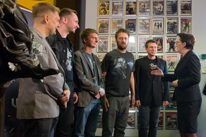 Spotkanie Ewy Kopacz z właścicielami firmy CD Projekt RED /Andrzej Iwańczuk/Reporter /East News