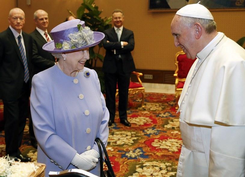 Spotkanie królowej z papieżem Franciszkiem /AFP