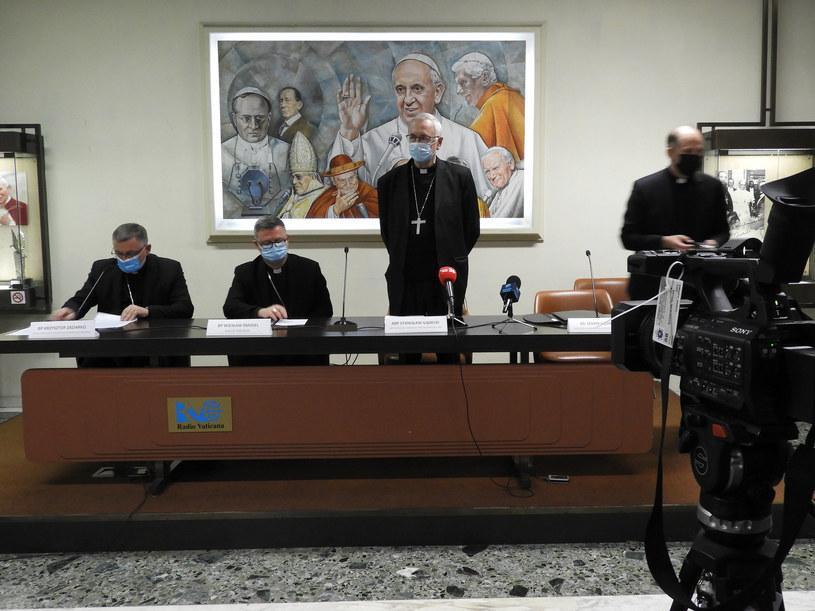 Spotkanie z dziennikarzami w siedzibie Radia Watykańskiego; źródło: Episkopat /