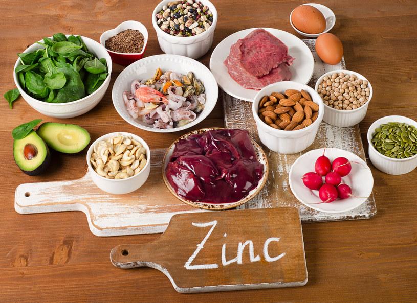 Spożywanie produktów zawierających cynk jest bardzo ważne w chorobach skóry /123RF/PICSEL