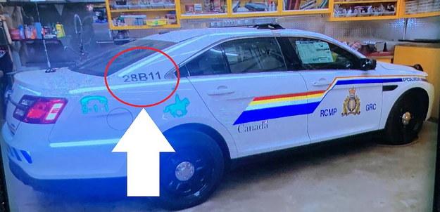Sprawca poruszał się samochodem imitującym radiowóz Kanadyjskiej Królewskiej Policji Konnej /RCMP HALIFAX HANDOUT  /PAP/EPA
